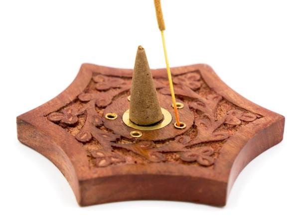 Räucherkegelhalter Stern aus Sheesham-Holz mit Messing Ying&Yang